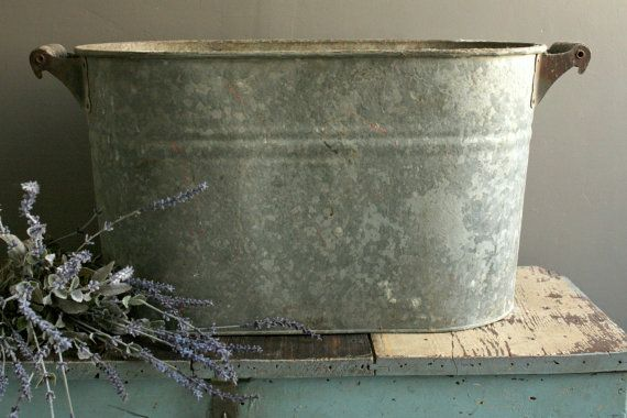 Reserved For Kelly Vintage Galvanized Wash Tub Large Galvanized Bucket Wood Handle Tub Oval Metal Tub Galvanized Drink Bucket Zinco