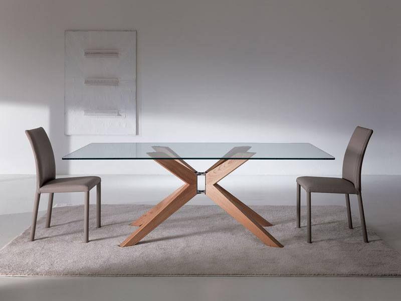 Tavolo da pranzo con piano in cristallo o legno e struttura in legno ...