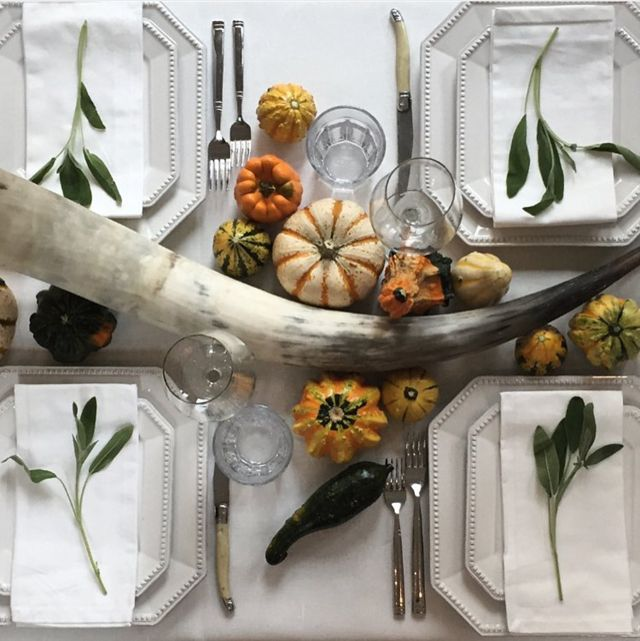 Happy short week everyone ! Many of us had a long weekend, Columbus day in the US and here in Canada it was Thanksgiving. I loved all of t...