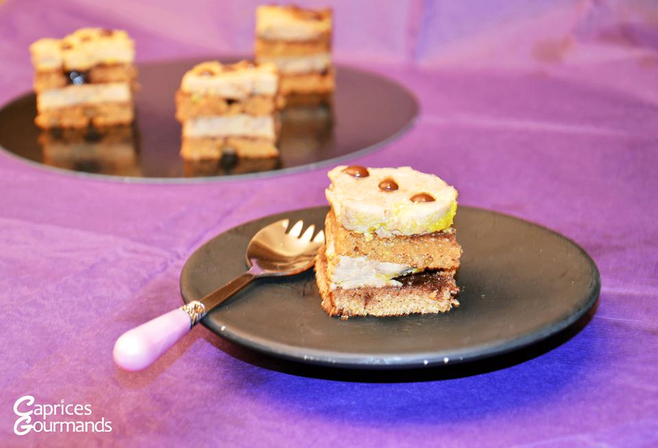 Associer le foie gras et le chocolat ? Pari réussi pour Camille, du blog Caprices Gourmands !  Retrouvez la recette complète sur http://caprices-gourmands.fr/carres-de-foie-gras-au-chocolat/.