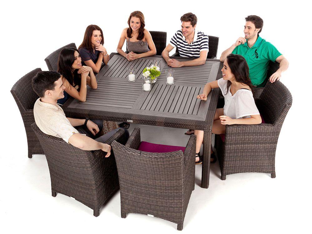 Table de jardin carrée Nico 8 avec surface en simili bois durable ...