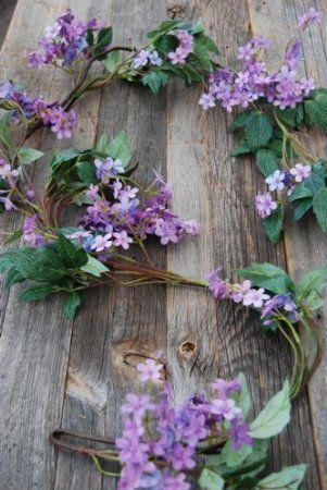 Artificial Lilac Flower Garland 1 5 M Long Amazon Co Uk Kitchen Home Artificial Flowers Lilac Flowers Flower Garlands