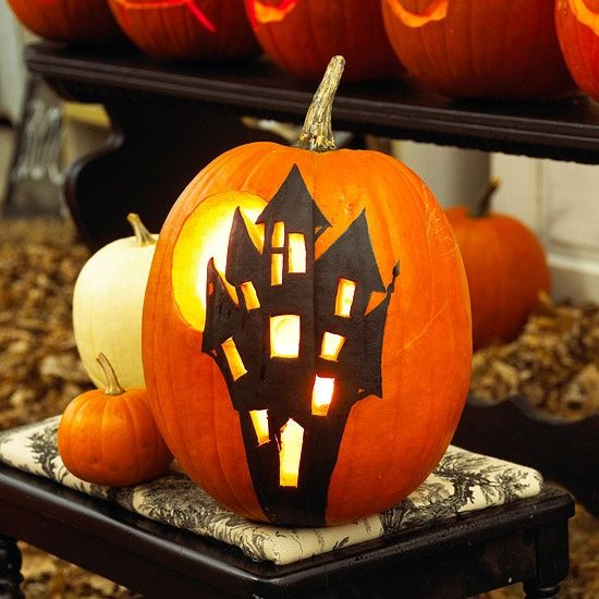 Halloween Kurbisse Bemalen 22 Leichte Deko Ideen Zum Selbermachen Halloween Kurbis Deko Kurbis Bemalen Kurbisse