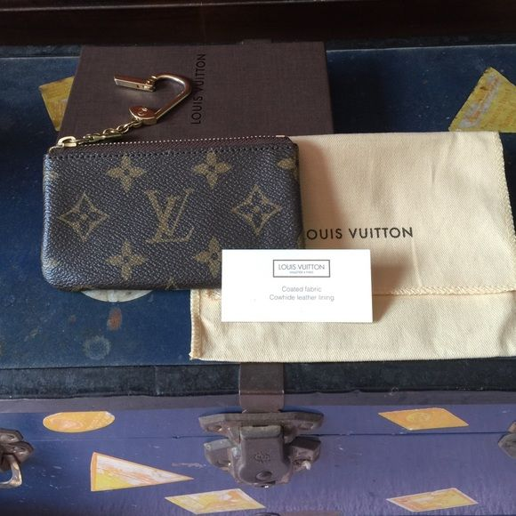 Louis Vuitton key pouch Sold on another site Selling my keychain pouch, Barely used, comes with Dustbag and box! $160 ️️ I will include shipping  Louis Vuitton Accessories Key & Card Holders