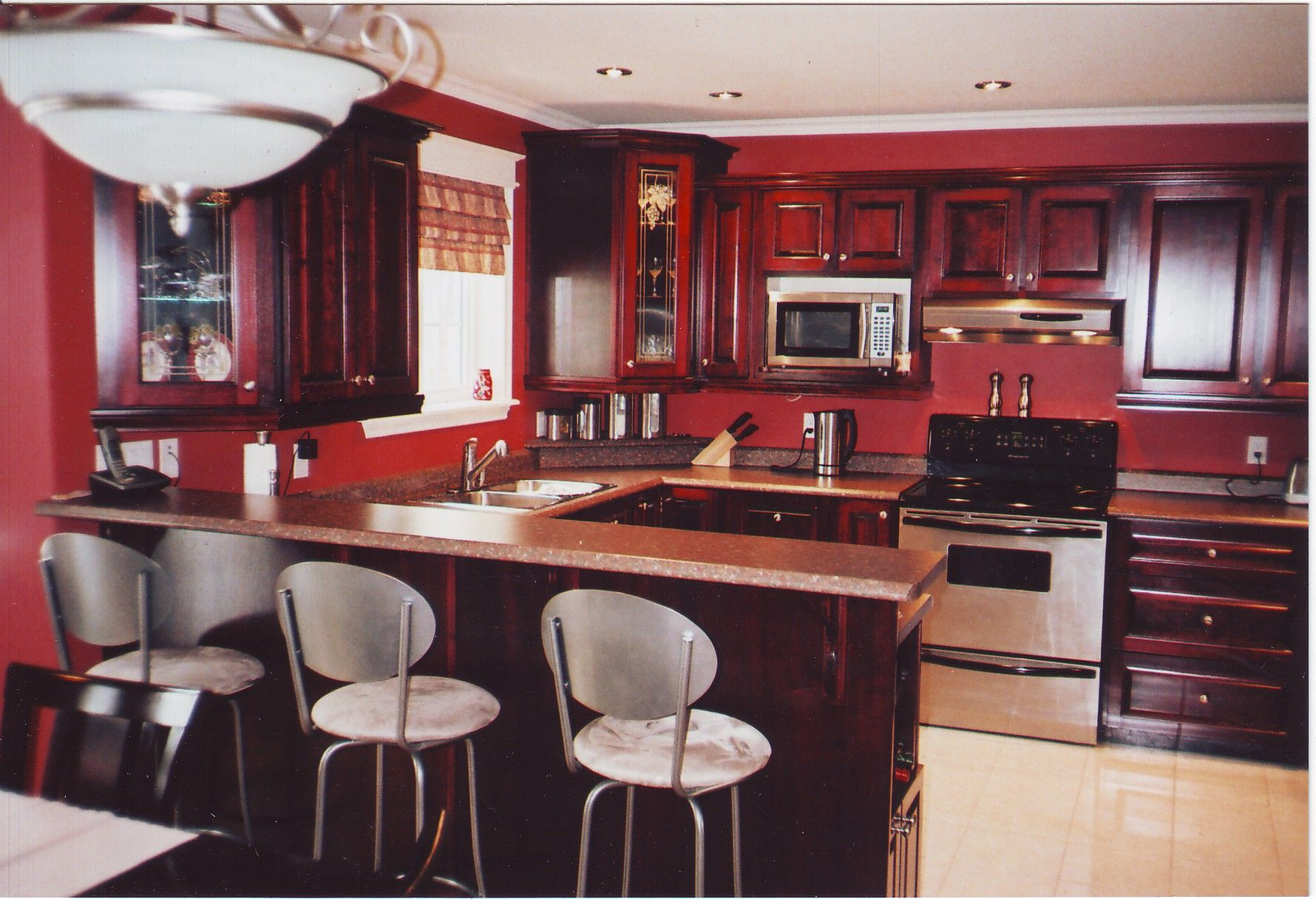 Cabinet style and color :) Ignore red walls, Maher Kitchen ...