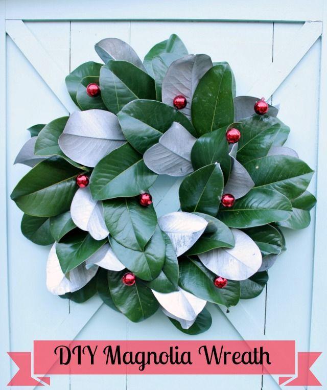Decorazioni Natalizie Con Foglie Di Magnolia.Magnolia Leaf Christmas Wreath Just Wreaths And Garlands