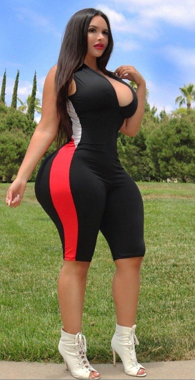 фото девок с широкими бёдрами