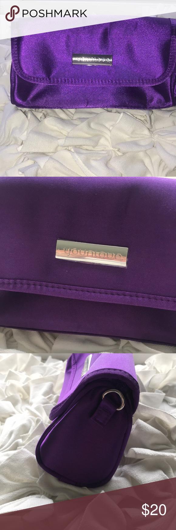 Younique makeup bag Purple bags, Purple bag, Makeup bag