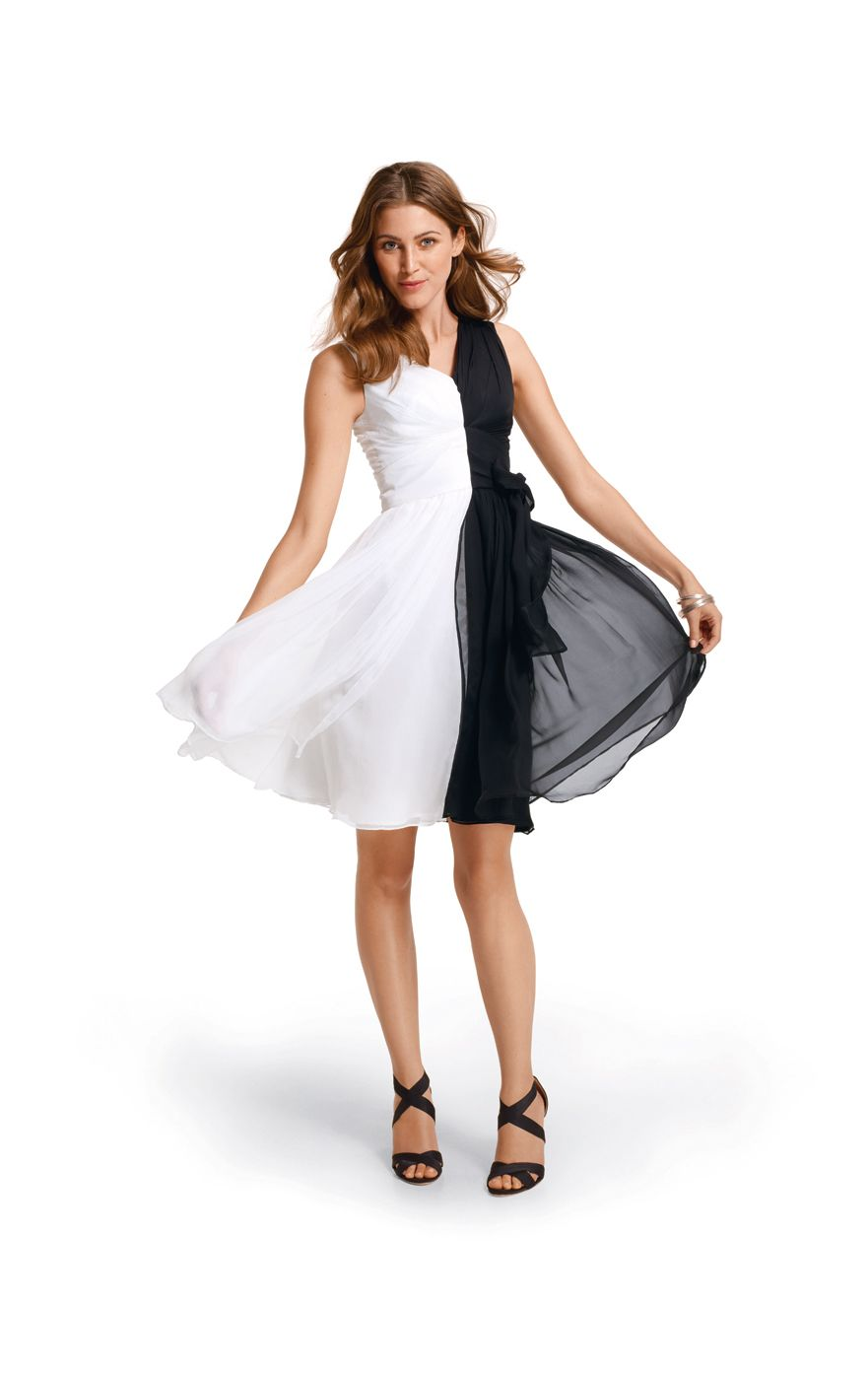 0ba92b88586 Dress in  black and  white  nivea