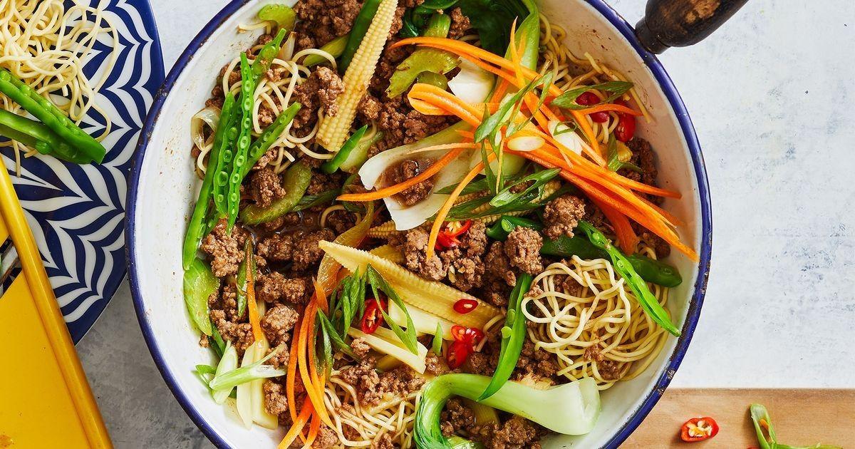 Healthier Beef Chow Mein Recipe Healthy Meals Beef Chow Mein