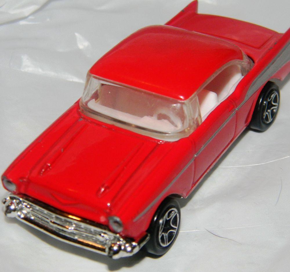 Matchbox 1957 chevrolet belair 1997 57 chevy red silver die cast car 1 64