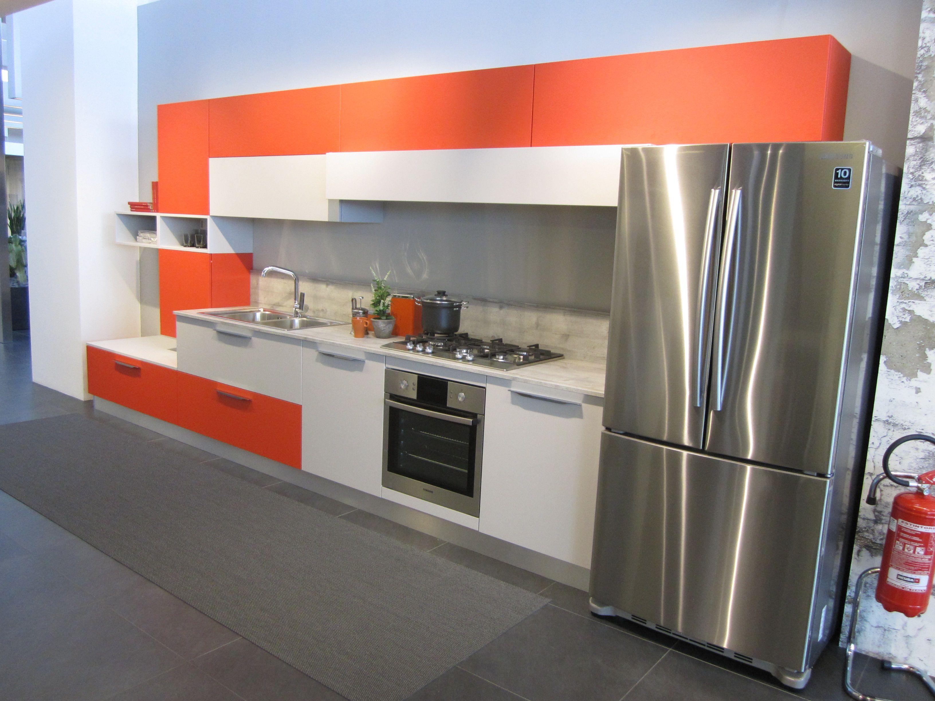 Gama de cocinas econ micas blunni dise o para todos los for Disenos de cocinas economicas