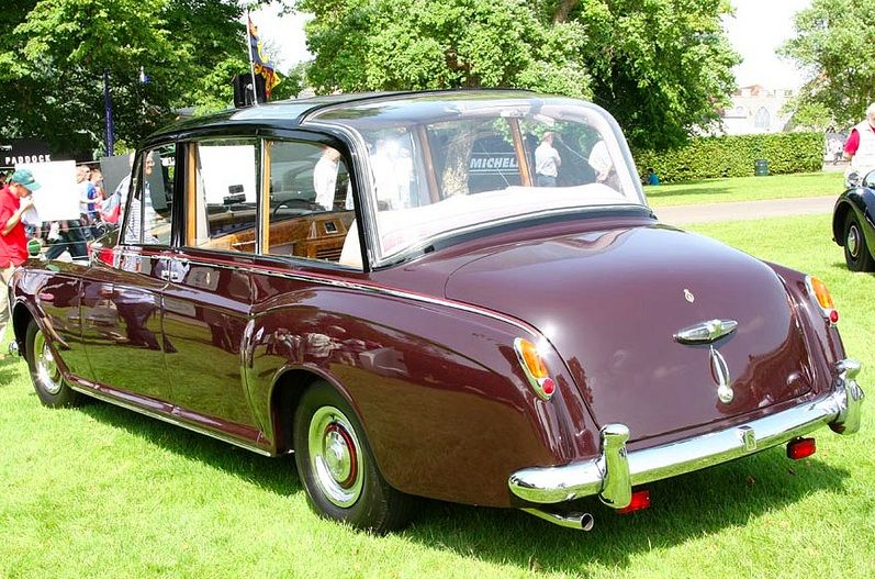 "1961 High-roofed Limousine Perspex-bubble ""Canberra II"" by Mulliner Park Ward (chassis 5AS33) for H.R.H. Queen Elizabeth II"