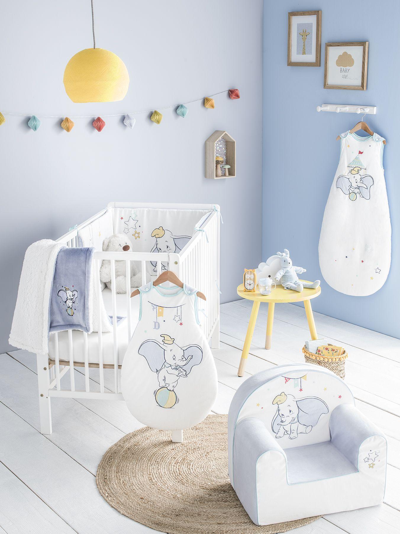 Chambre bébé Disney Dumbo  Chambre bébé disney, Chambre bébé