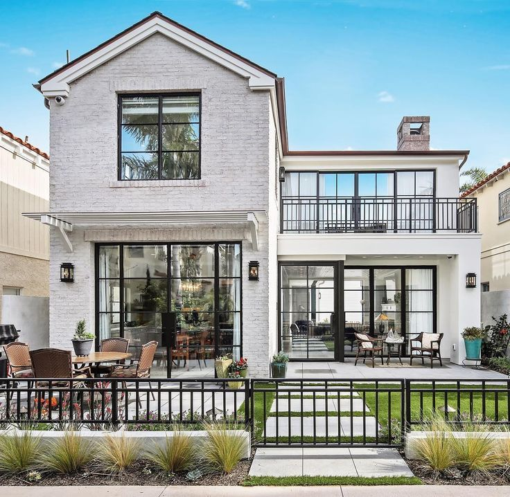 Covered In Steel Windows And Doors This Home S Exterior Is Truly One To Admire Builder House Designs Exterior Modern Farmhouse Exterior House Exterior