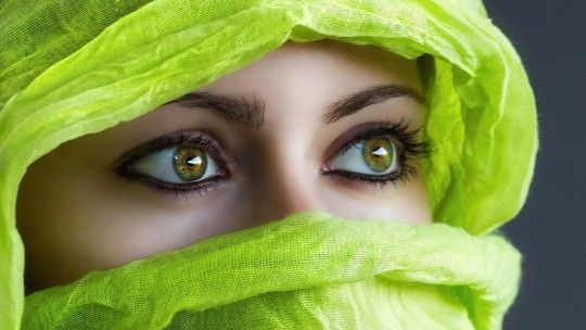 Green Eyes Face Scarf Girl Images #06599, Pictures, Photos, HD Wallpapers