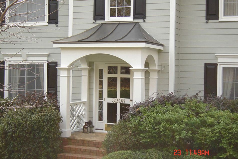 Front entryways with roofs exovations front porch for Portico entrance with columns