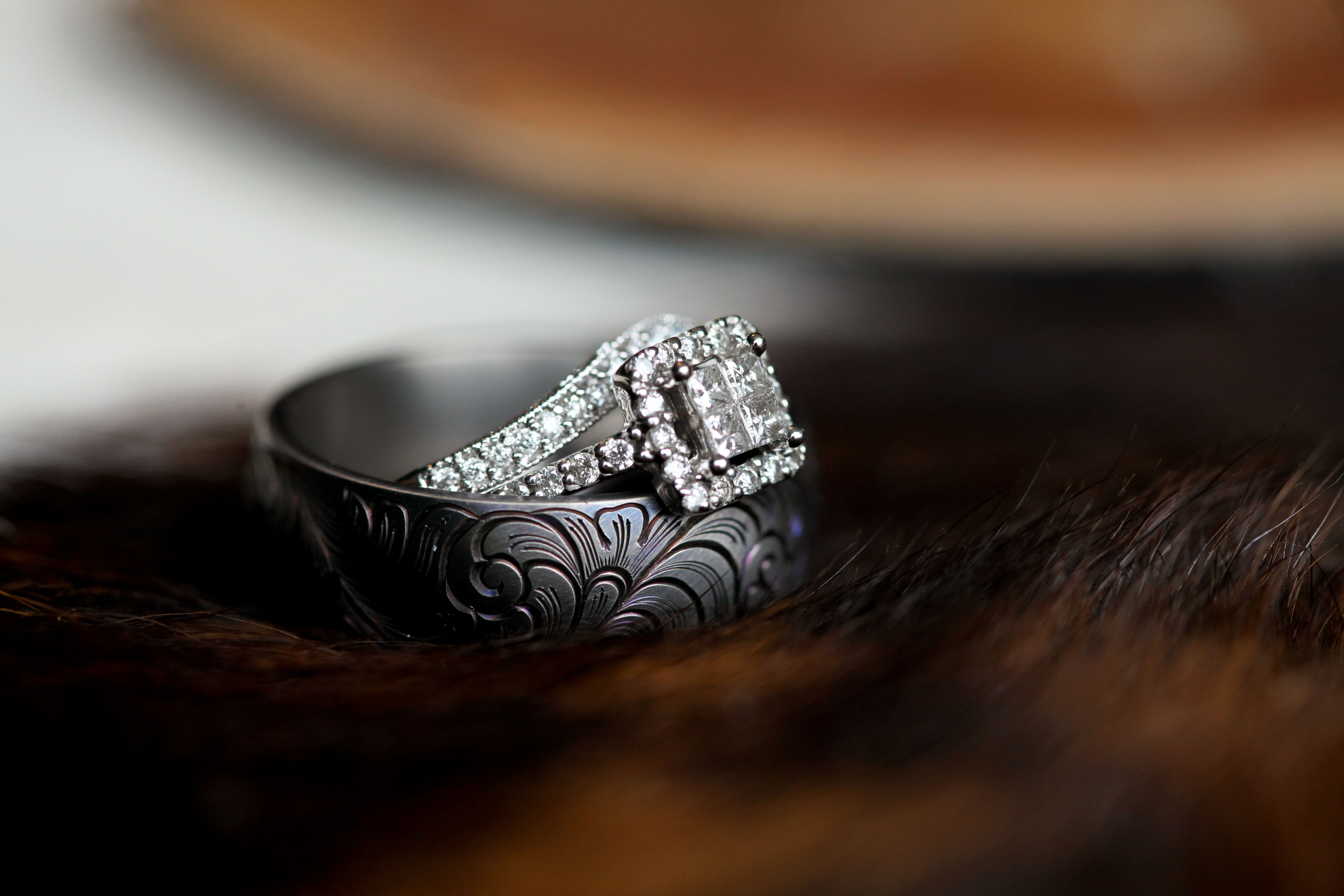 Western mens wedding band from Reid's Jewelers in Fort