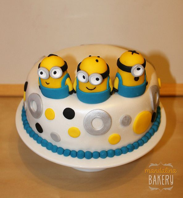 Despicable Me Minions Birthday Cake For Simon 3 With Images