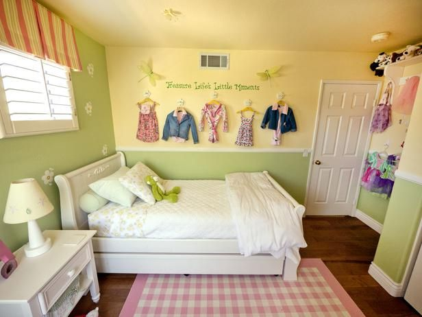 A Multifunctional Little Girl S Room In A Small Space Small Girls Bedrooms Small Room Colors Small Room Girl