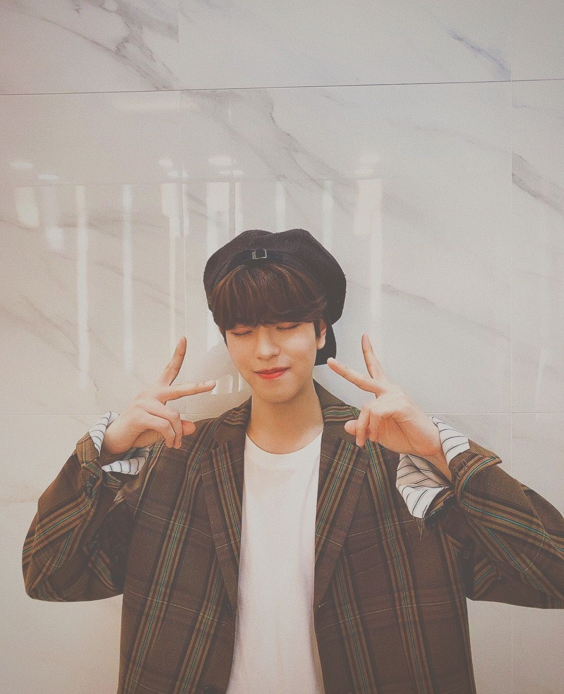 Seungmin Stray Kids Soft Brown Aesthetic Edit Brown Aesthetic Stray Kids Seungmin Beige Aesthetic