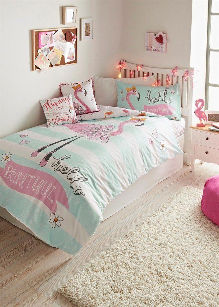 flamant rose déco chambre fille linge de lit