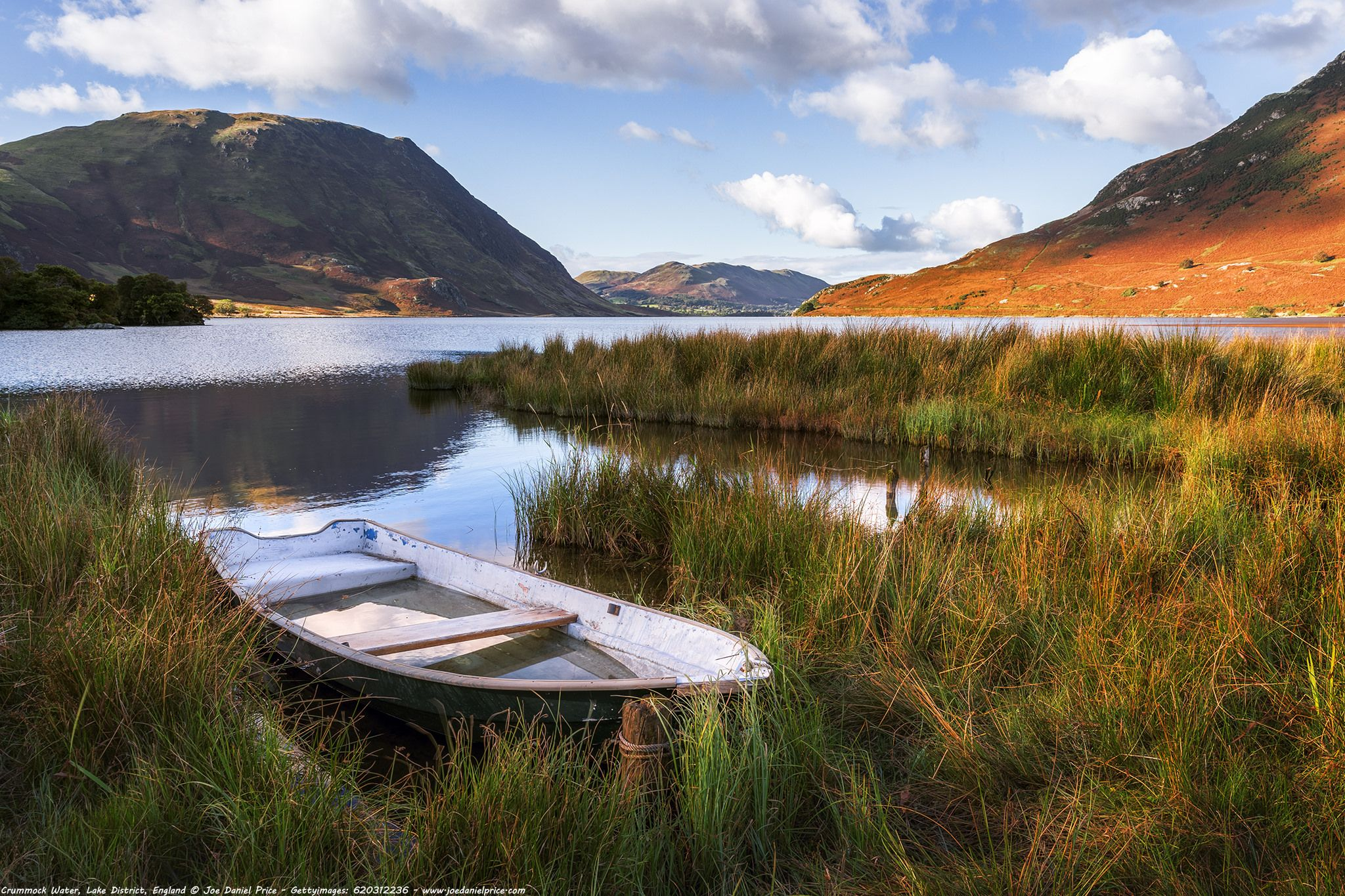 https://flic.kr/p/GVv9E8 | Moored Boat, Crummock Water, Lake District, Cumbria, England