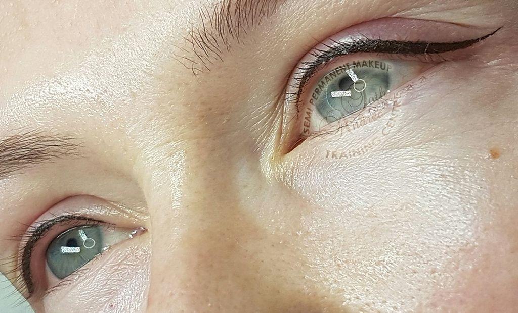 Photo & Video Gallery Permanent makeup eyeliner