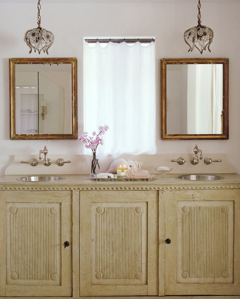 Lighting options in the bathroom pendant lighting master bath lighting options in the bathroom mozeypictures Images