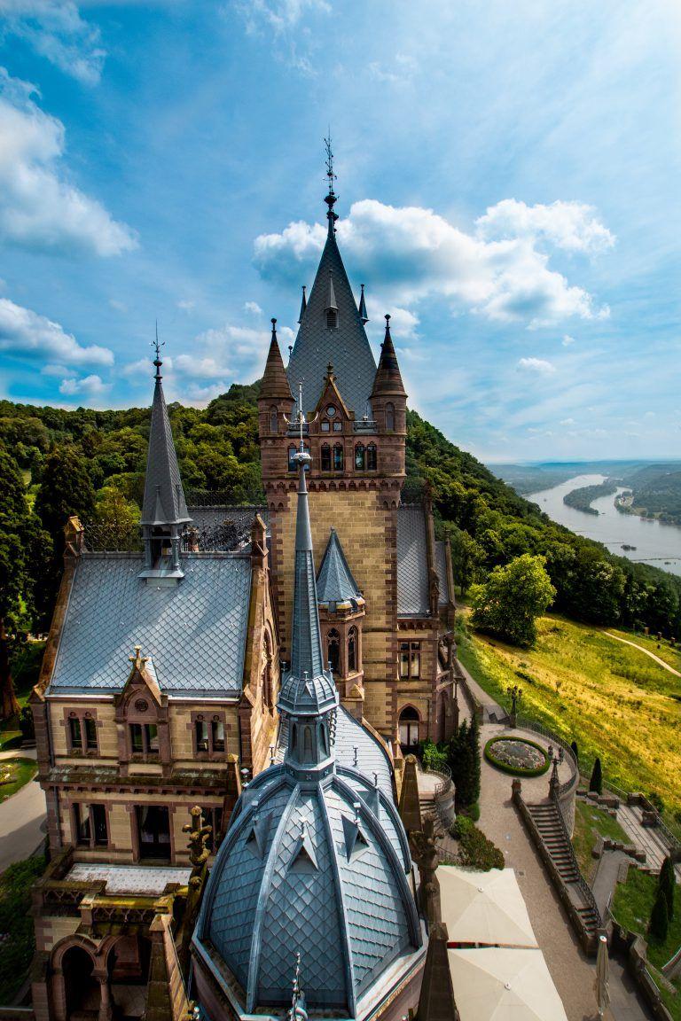 Ausflugsziele Burg Drachenfels Und Schloss Drachenburg Sophias Welt In 2020 Schloss Drachenburg Schone Orte In Bayern Ausflugsziele