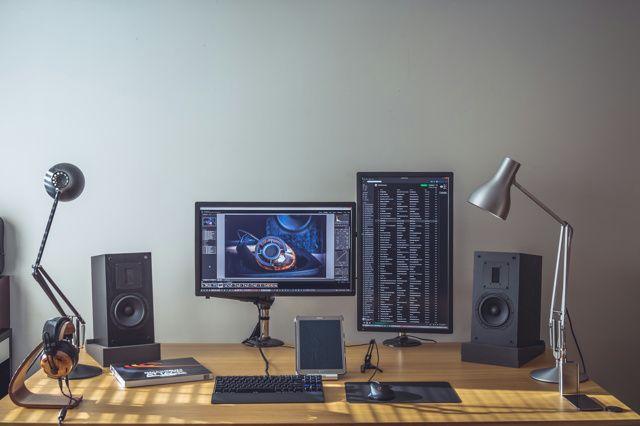 PC_Desk_MultiDisplay63_04.jpg