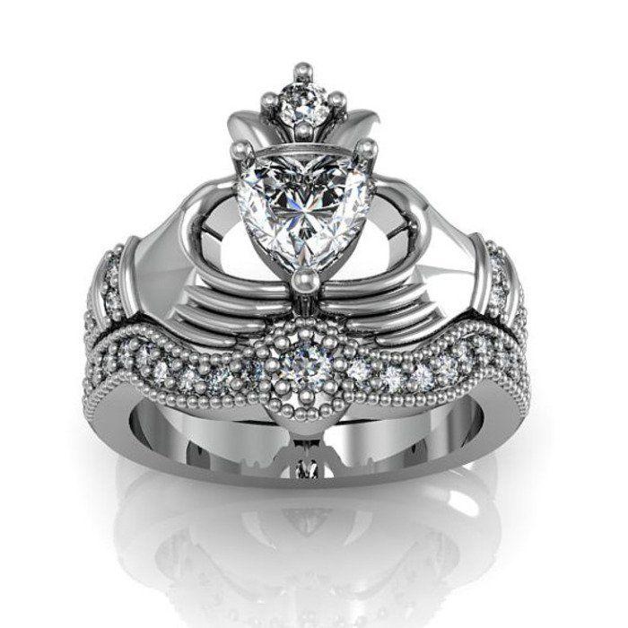 ring - Claddagh Wedding Ring Set