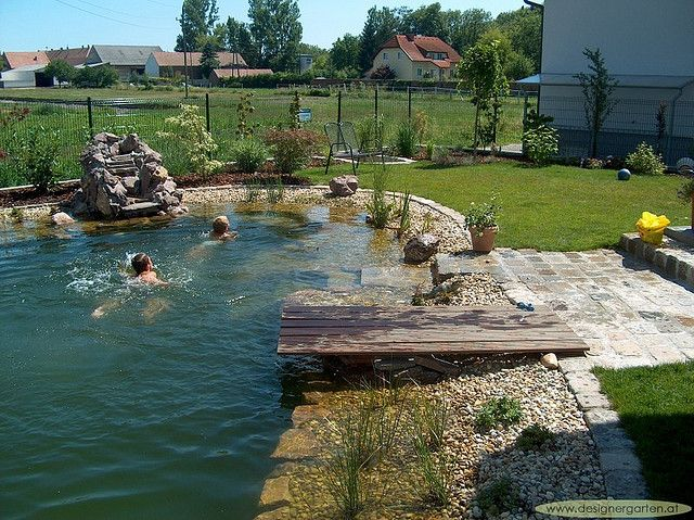 Schwimmteich für groß und klein by designergartenat, via Flickr - bilder gartenteiche mit bachlauf