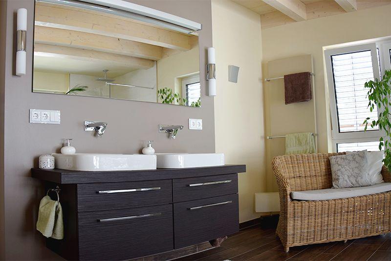 Modernes Badezimmer mit Wohncharakter #wohnen #badezimmer ... | {Modernes bad ohne fliesen 45}