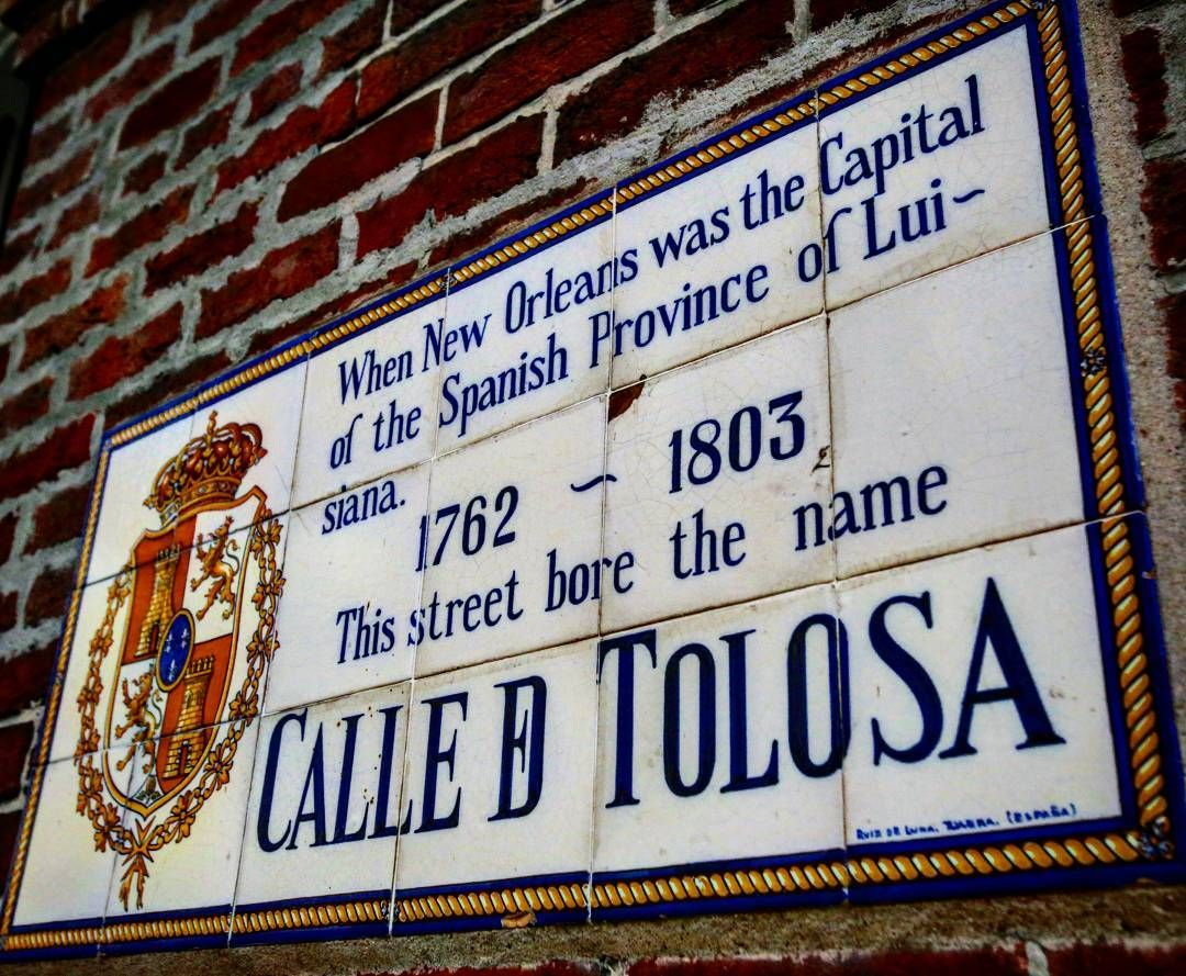 The most original #streetsigns: all over the #frenchquarter you'll see  these #plaques saying what the name of the street was under #Spanish rule. #neworleans #nola #toulouse #calle #calletolosa #nofilter @visitneworleans @dddneworleans @frenchquarternola @itsyournola @amournola by callusofmedinus