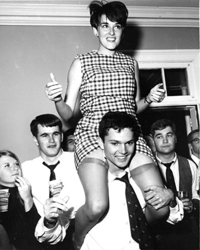 Accidental upskirt 1960s dancing
