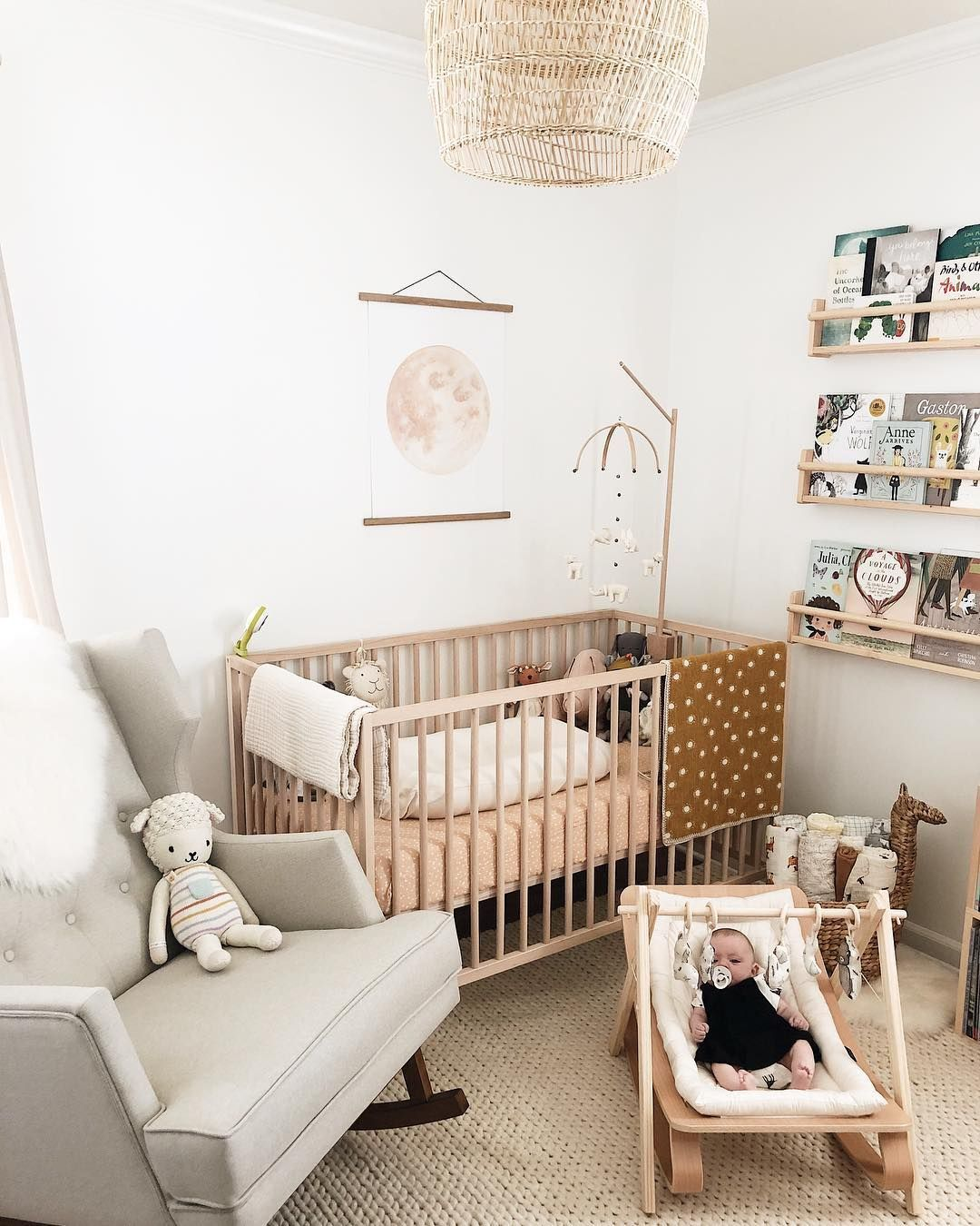 Amazing Nursery Decorating Ideas - Baby Room Design For Chic Parent Renovation (With Images)   Nursery Baby Room, Baby Room Decor, Baby Room Neutral