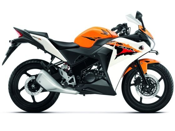 The New Honda Cbr 150r Is The Talk Of The Town Its Desigining Inspired By The Honda Cbr 250r But A Lil More Sporty To That Honda Bikes Honda Sport