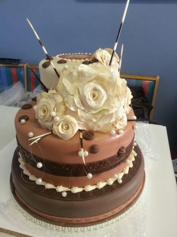 - African Themed 3tier wedding cake Party Ideas Pinterest Wedding cake, Cake and Themed ...