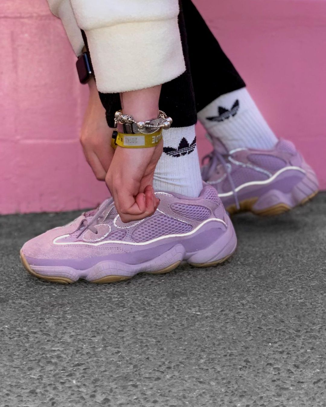 Adidas Yeezy 500 Soft Vision 2020 Thanksgiving Outifts Trends Fashion Shoes Sneakers In 2020 Sneakers Fashion Adidas Outfit Shoes Sneakers Men Fashion