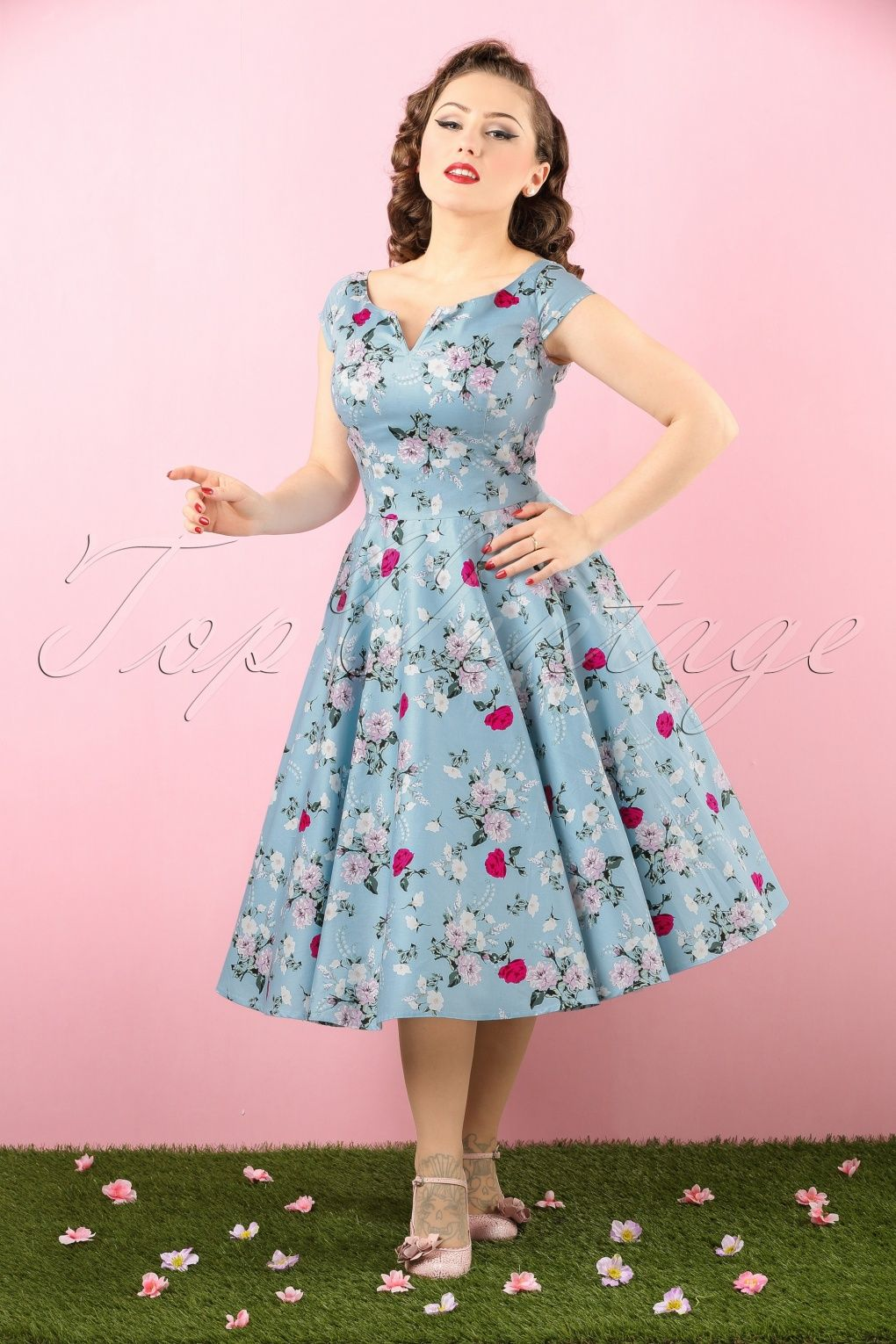 9582c40d1afc You re totally summer-proof when wearing this 50s Belinda Floral Dress!With  her elegant boat neck
