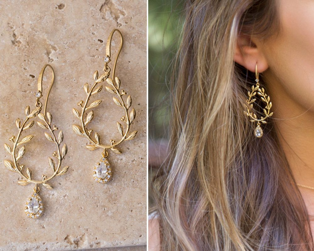 wedding earrings pearl gold Bridal earrings drop wedding jewlery brides Long Wedding earrings Pearl drop earrings Bridesmaid earrings Boho