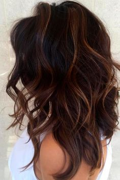 Layered Haircuts to Add Volume and Depth to Your Hair ★ See more: http://lovehairstyles.com/layered-haircuts-volume-depth/