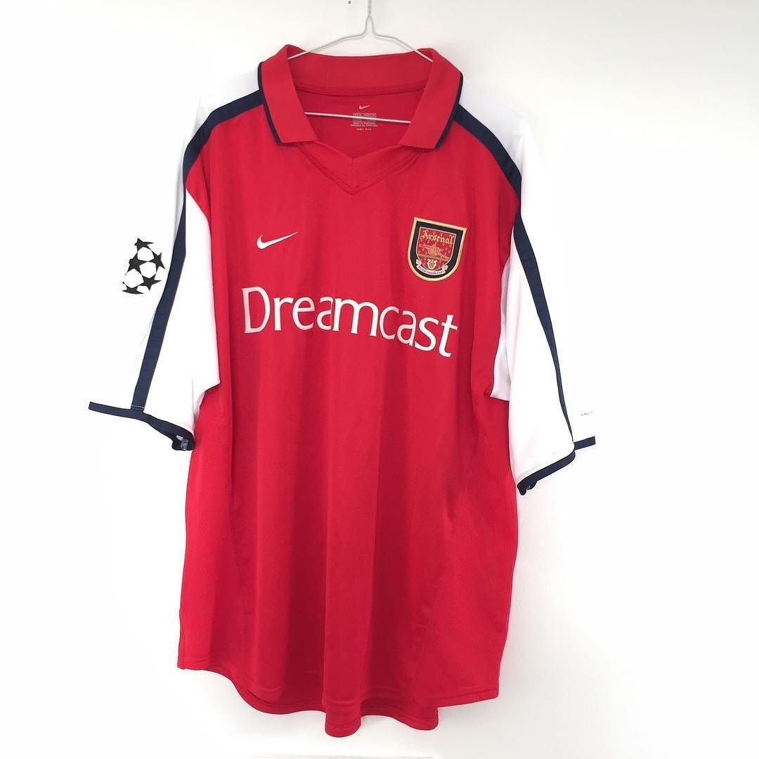 33fc0c6a31c 2000-02 Arsenal home shirt XL - class shirt w Champions League badges. Link  in bio  arsenal  afc  uta  footballshirtcollective