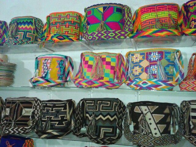 Mochilas - Bags Wayuu. Desde Riohacha (La Guajira), llamanos al +57 3012412266