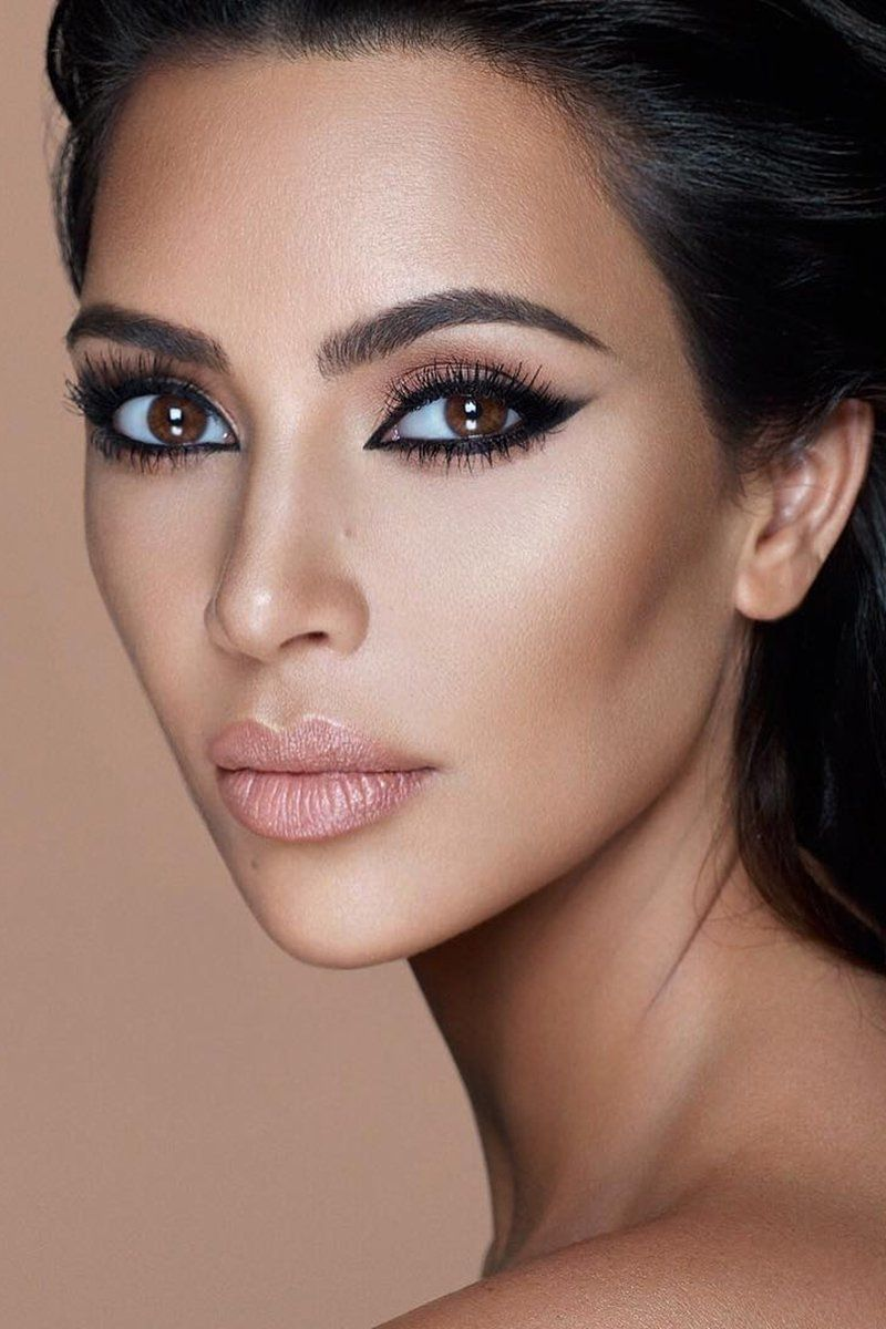Kim Kardashian Just Teased An Upcoming Kkw Beauty Lipstick Celebrity Makeup Looks Kim Kardashian Makeup Kardashian Makeup