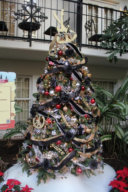 Opryland Parade Doobie Brothers Tree Christmas Tree Themes Christmas Trees For Kids Christmas Tree Decorations