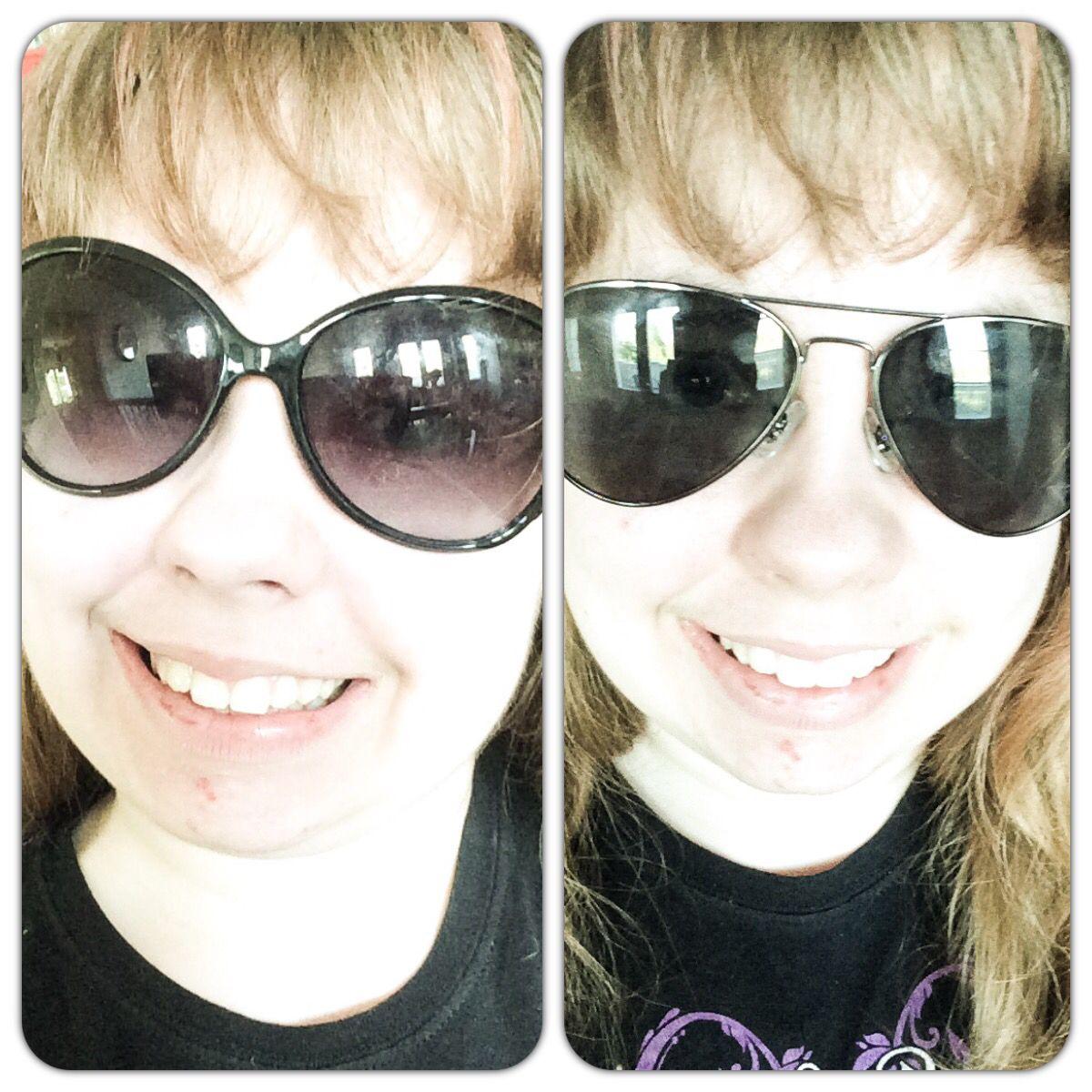 Huomenna Ruotsiin! Päätin kokeilla vanhoja ja uusia aurinkolaseja ja tulin siihen tulokseen että näytän joko rokkarilta tai kärpäseltä... Saatte itse tulkita :-)
