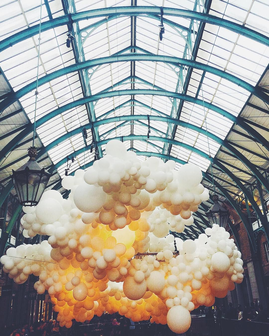 Bubble boom in Covent Garden #dcnlondon #dcnlifestyle Takeover by @gn0me