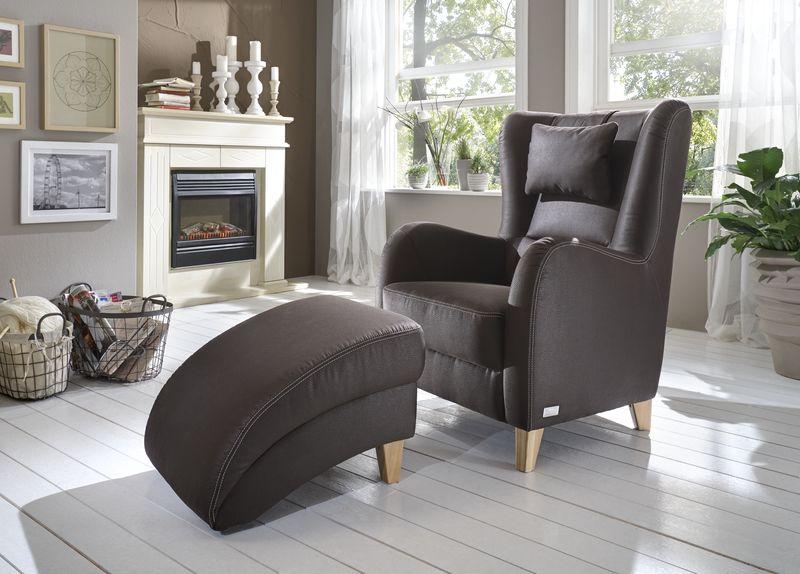 boxspring voll im trend ohrenbackensessel erh ltlich bei deinem einrichtungspartner in der. Black Bedroom Furniture Sets. Home Design Ideas
